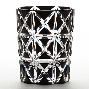 ≪江戸切子≫菱鱗重ね文様 懐石杯 黒 (M-8528BK)